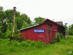 Ještě zachovalé budovy obou skladů, zdroj: www.pjp.cz (2004)
