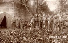 Stráž uželezničního mostu vKrnsku 1914, přivypuknutí války...